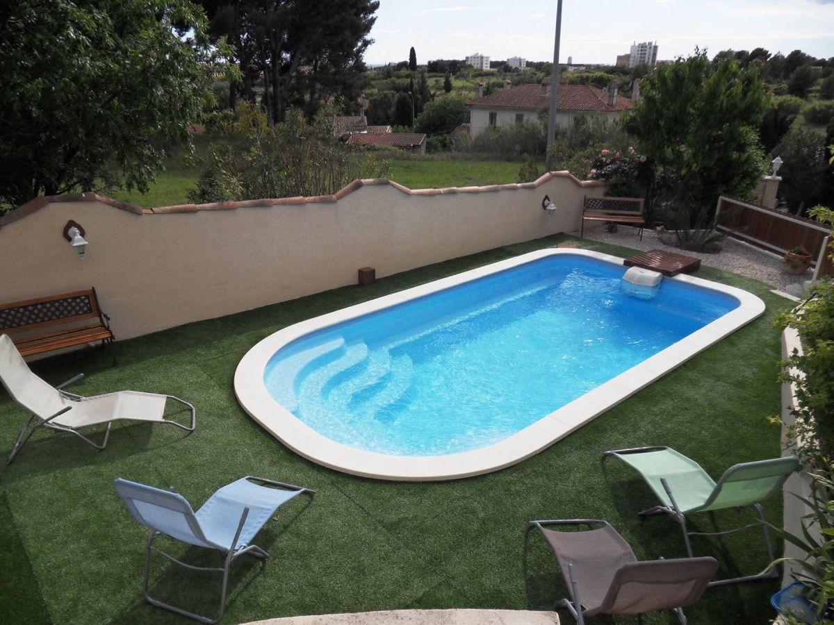 piscine avec bloc filtrant filtrinov pour piscine coque. Black Bedroom Furniture Sets. Home Design Ideas