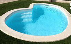 Catalogue de piscines trouvez ici la piscine coque de for Piscine a debordement pas cher